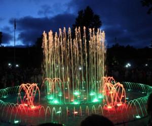 Поющий фонтан в Паланге