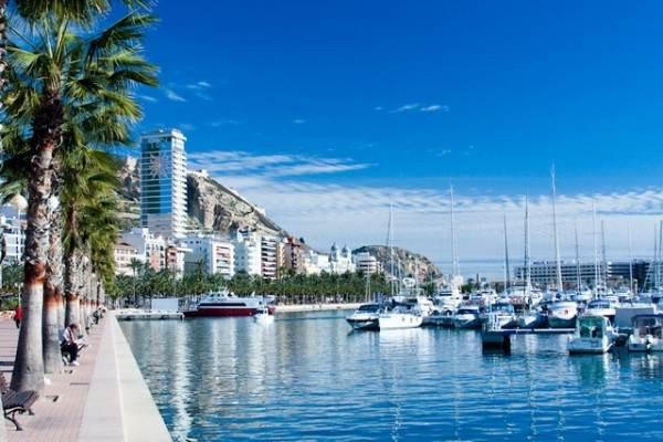 Морской порт и набережная
