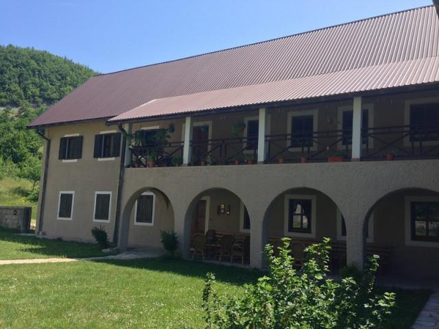 Пивский монастырь