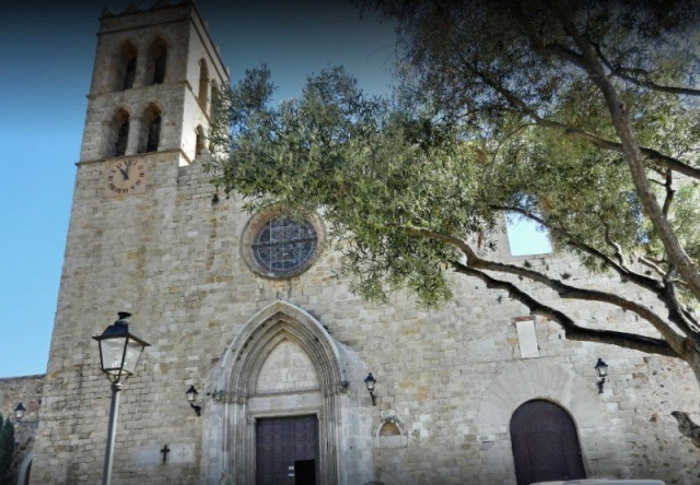 Готическая церковь Санта-Мария