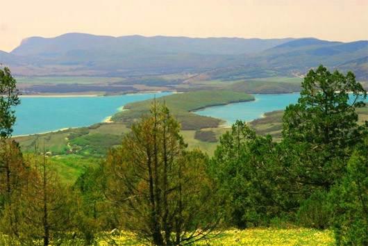Байдарские ворота и долина