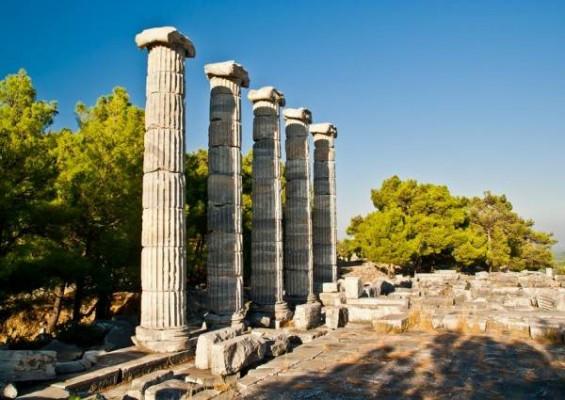 Античный город Приен