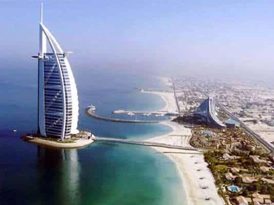 Второй по высоте отель в мире Burj Al Arab