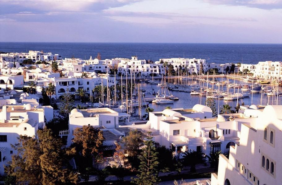 Проживание у Тунисе