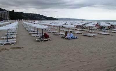 Пляж Албены в июне