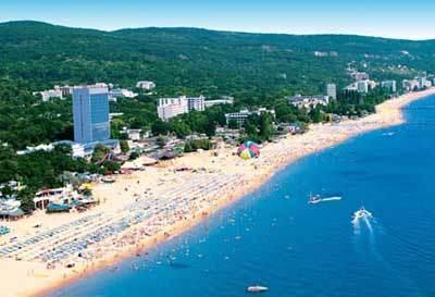 Пляж Золотые Пески (вид сверху)