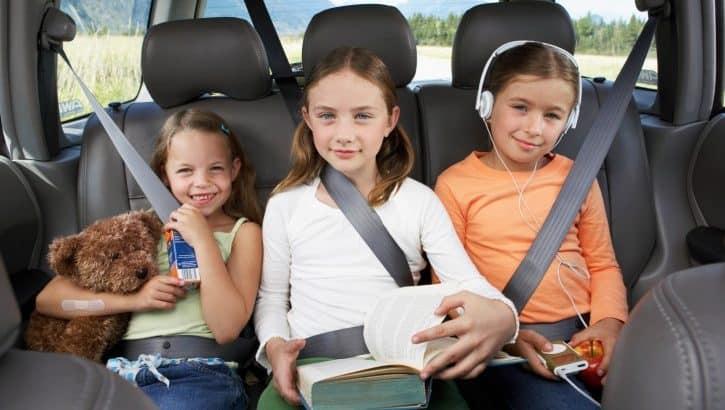 Чем занять детей в дороге
