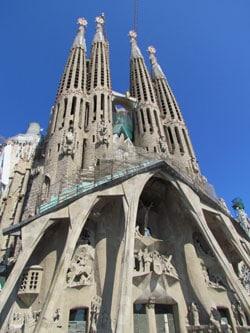 Семейный собор в Барселоне