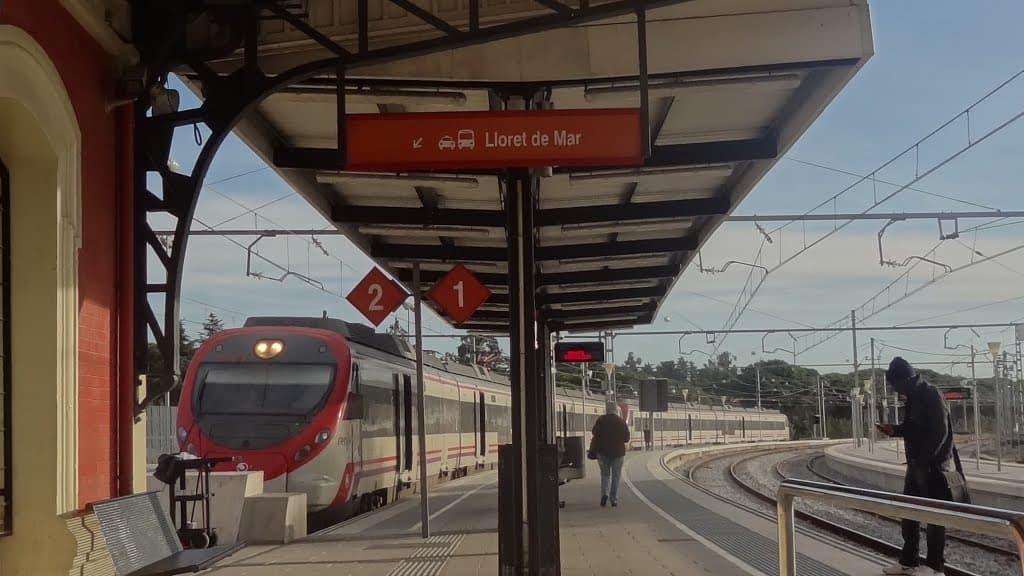 Железнодорожная станция Бланес