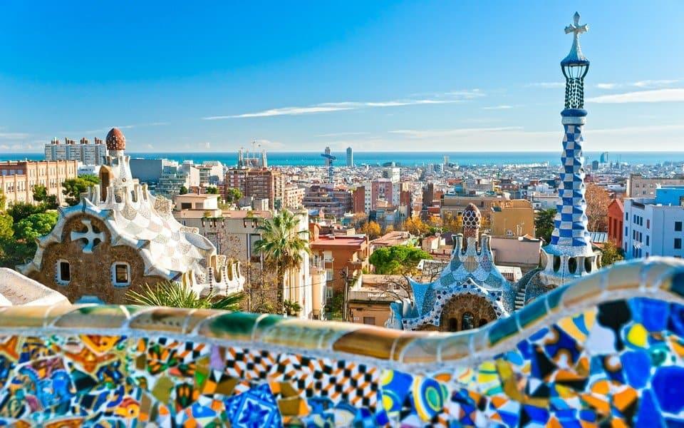 Вид на Барселону из парка Гауди
