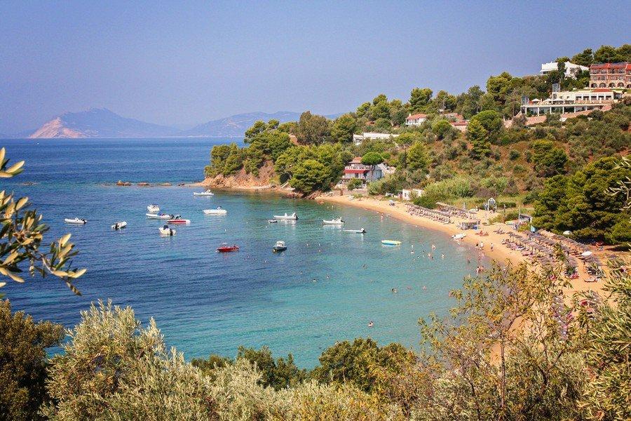 Пляж Трулос на острове Скиатос