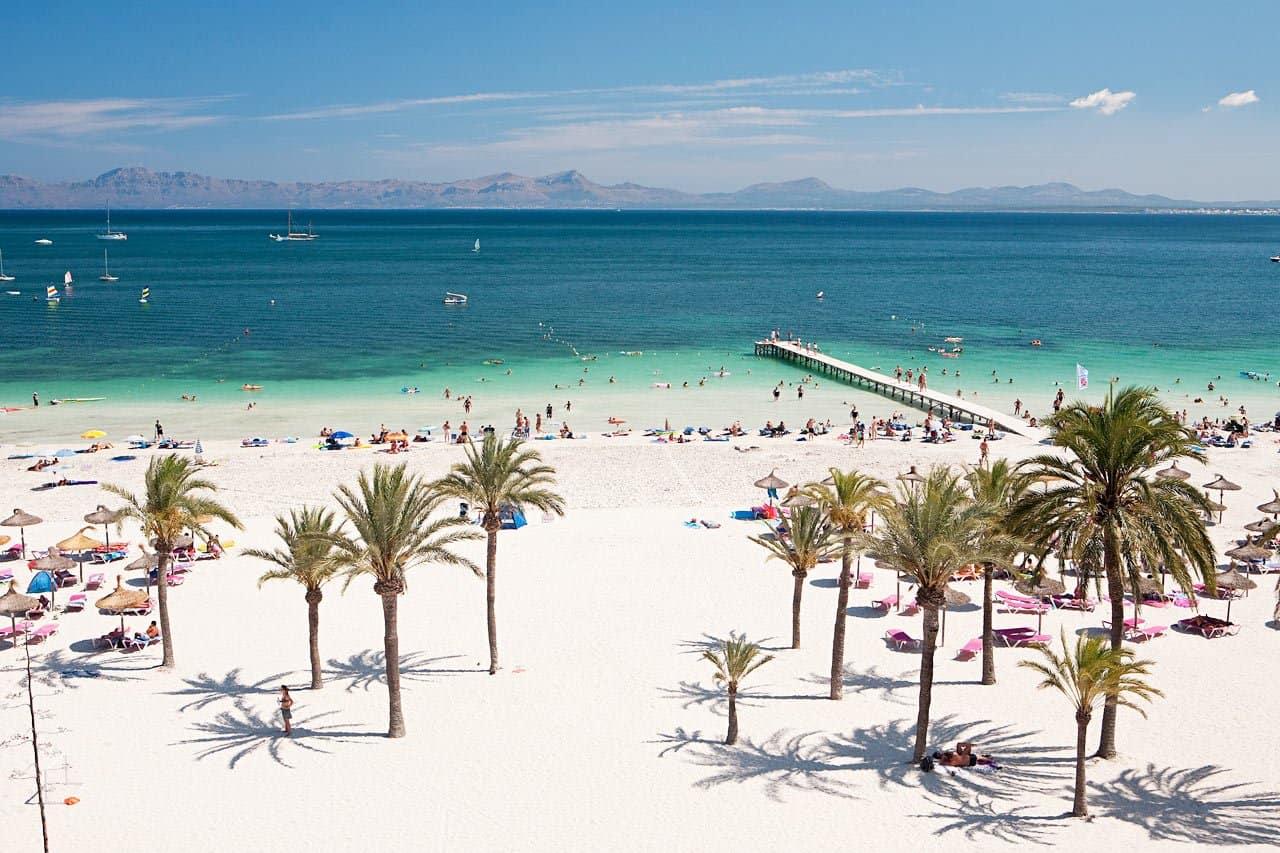 Пляж в Пурто аль Кудия
