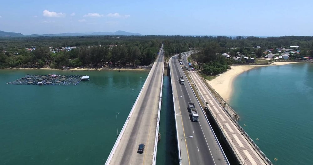 Мост соединяющий Пхукет с континентом