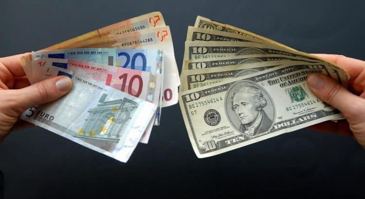 Деньги в Египет