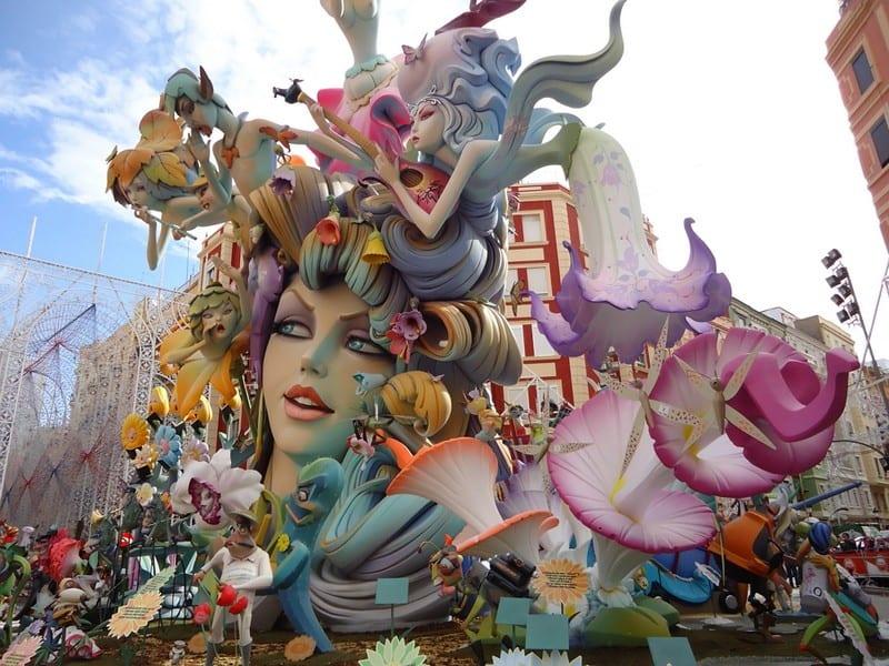 Валенсия. Праздник Лас Фальяс