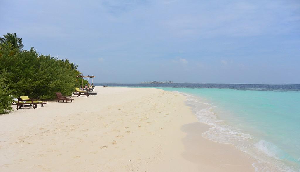 Белоснежные пляжи Мальдив на 8 марта