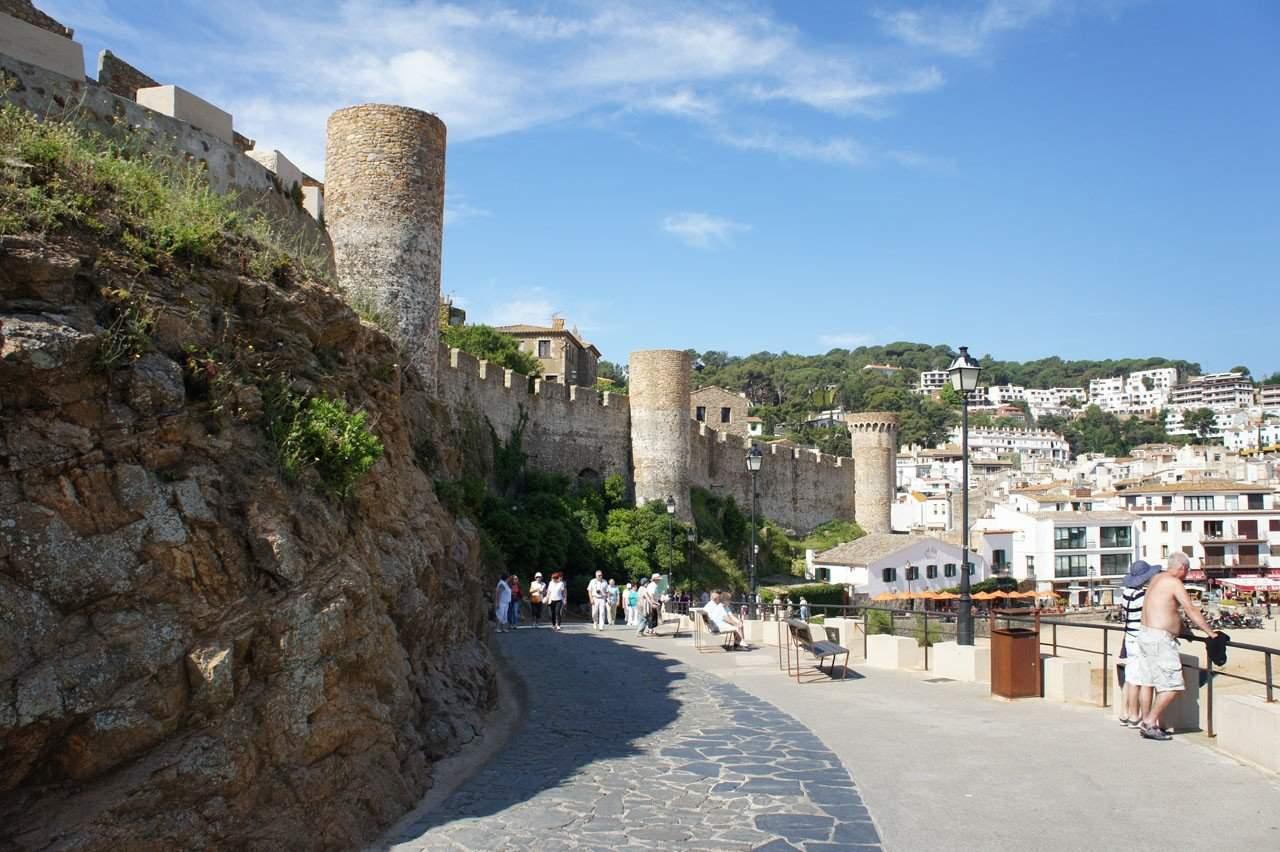У крепости Тоссы