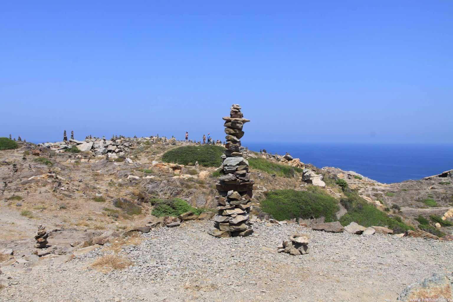 Башни из камней