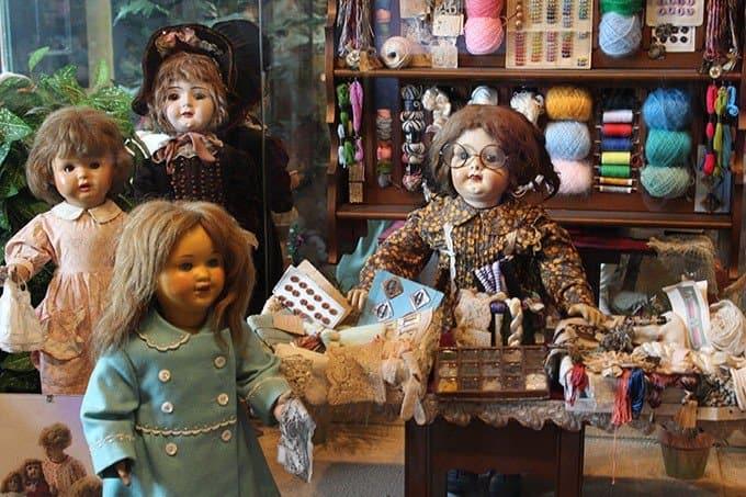 Кукольная экспозиция