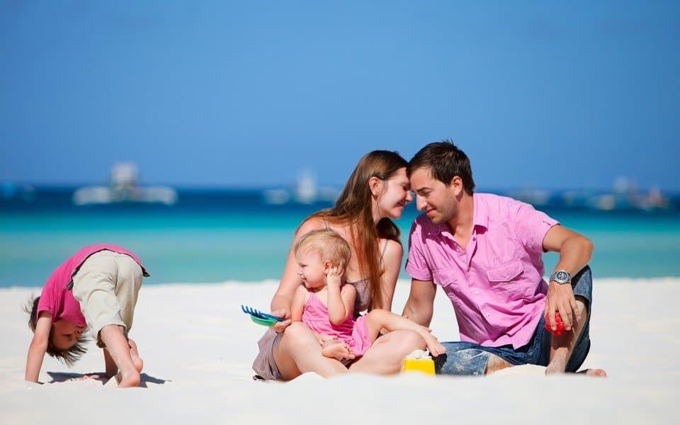 С маленькими детьми на море