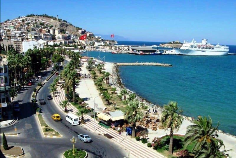 Городской пляж Кушадас