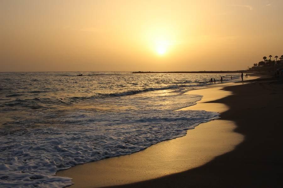 Пляж Эль Дюк на закате