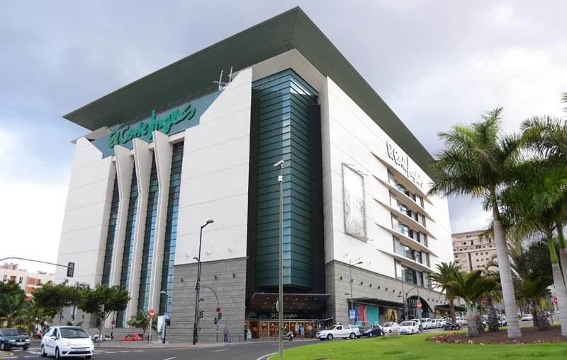 Торговый центр Эль Корт Инглес в Санта Крус (Тенерифе)