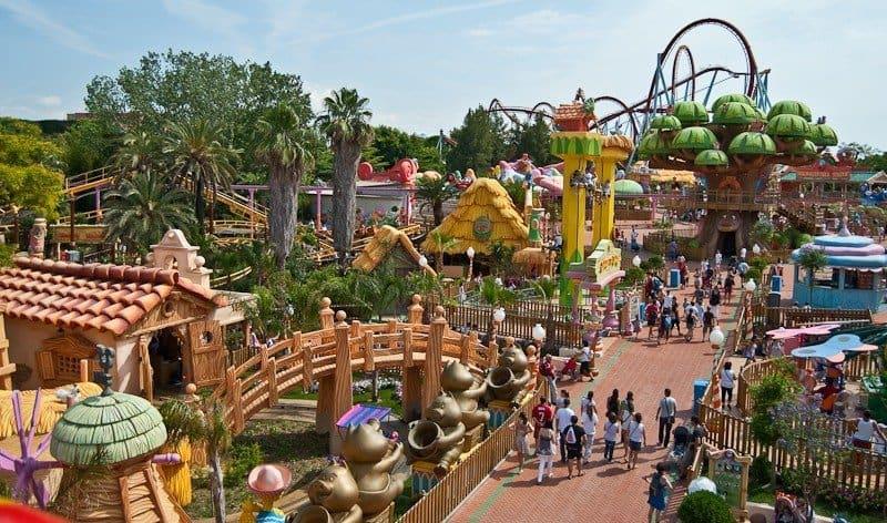 Семейный парк развлечений в Испании