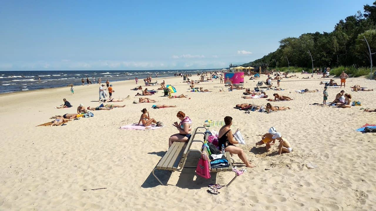 Бескрайние просторы юрмальских пляжей