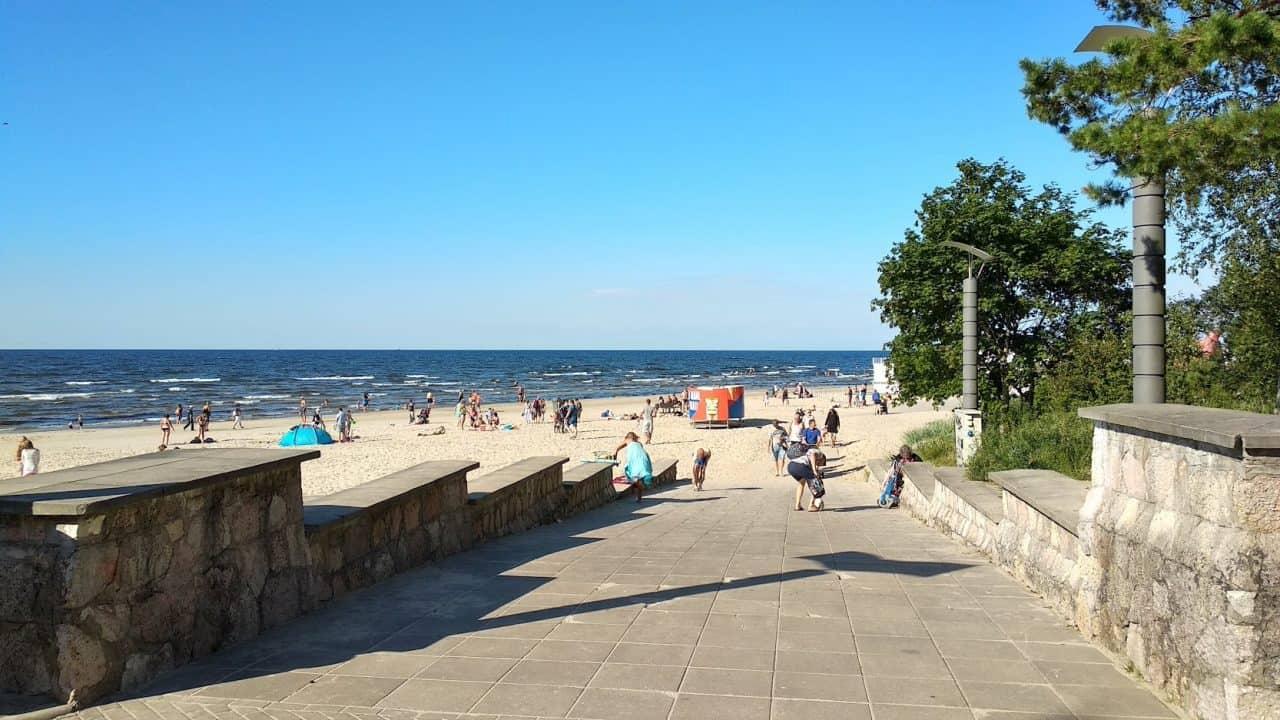 Пляж Дзинтари