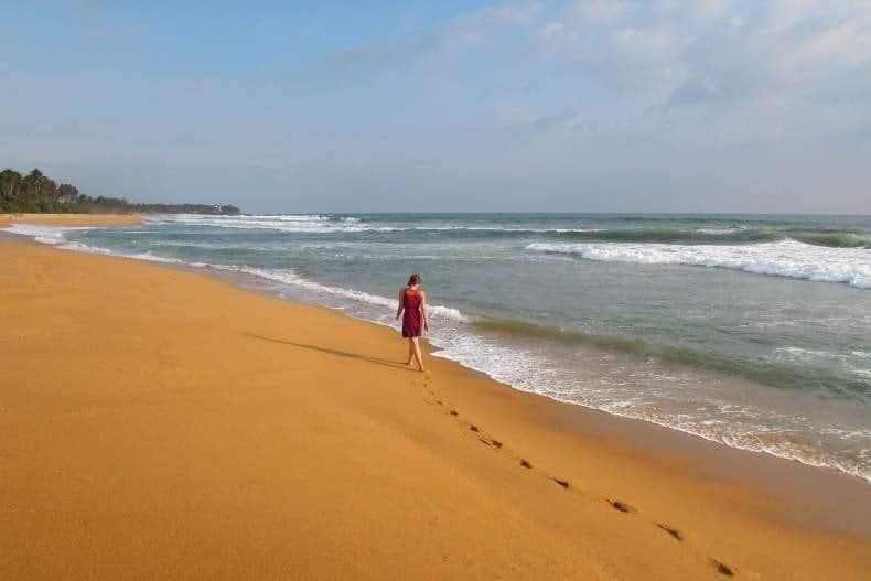 Прогулки вдоль пляжа