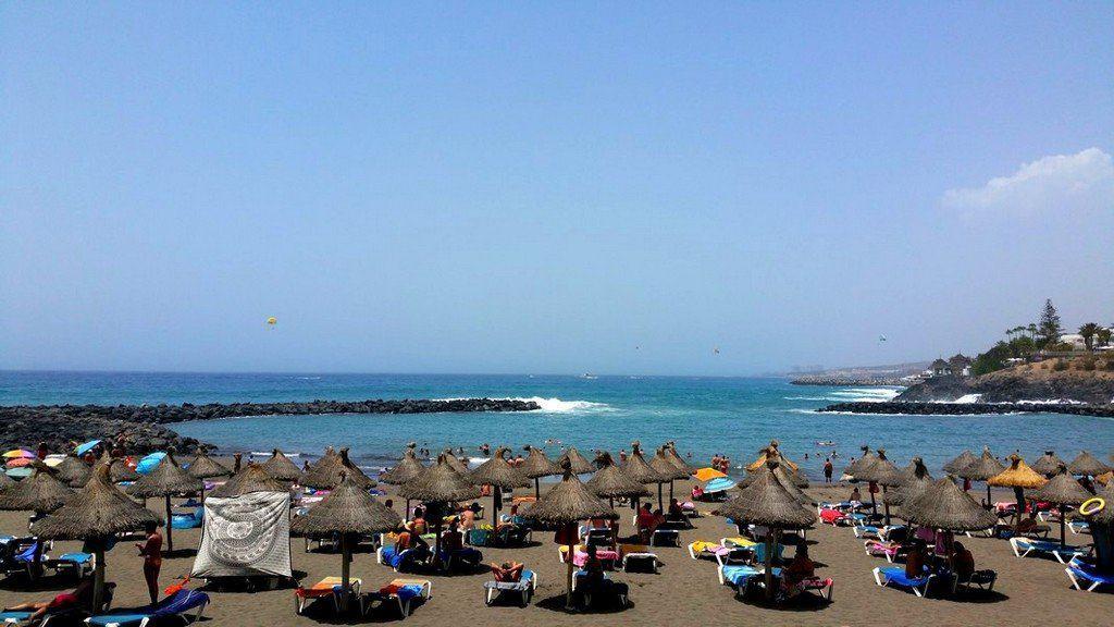 Маленький пляж Коста Адехе