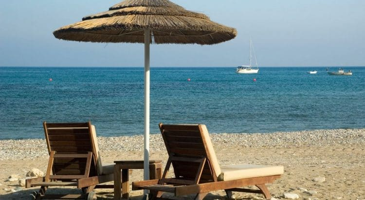 Когда лучше ехать отдыхать на Кипр