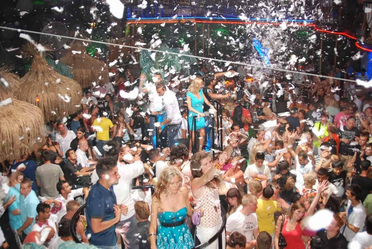 Танцы до утра в Гаване (Алании)