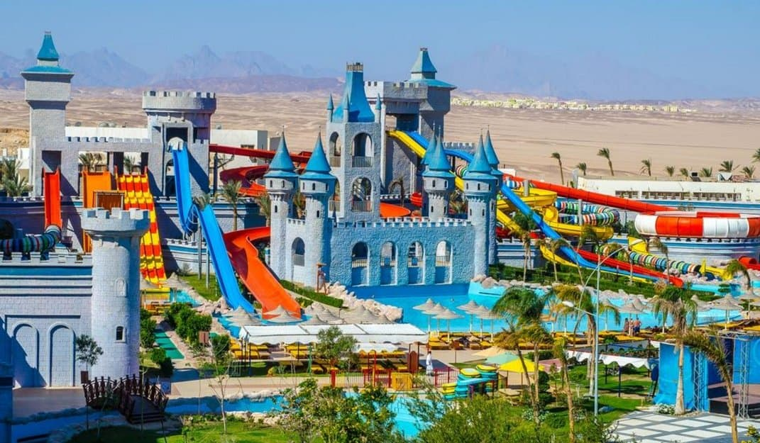Аквапарк в Serenity Fun City Resort 5