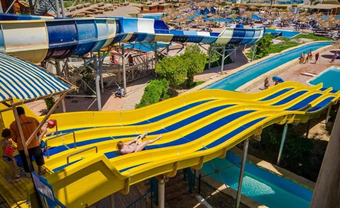 Аквапарк в отеле Titanic Beach