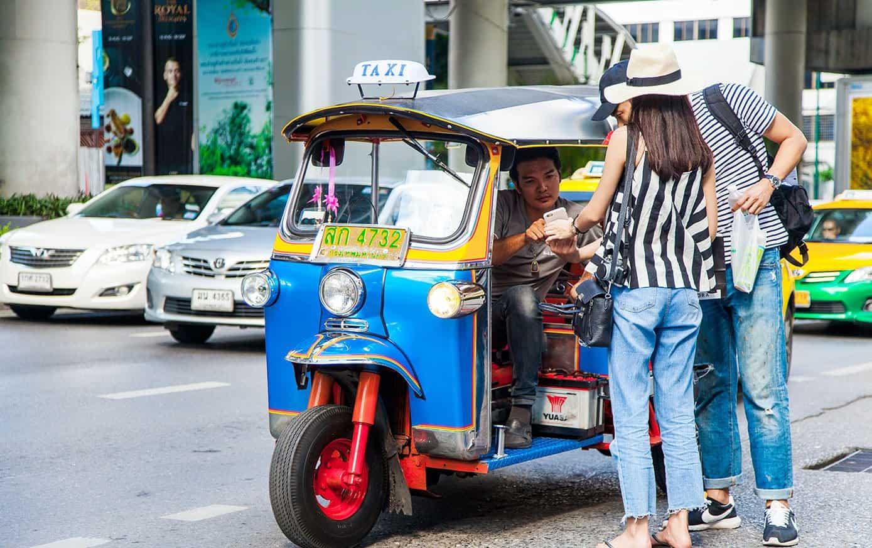Тук-тук в Таиланде - главное средство передвижения