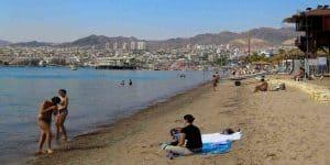Пляжный отдых в марте