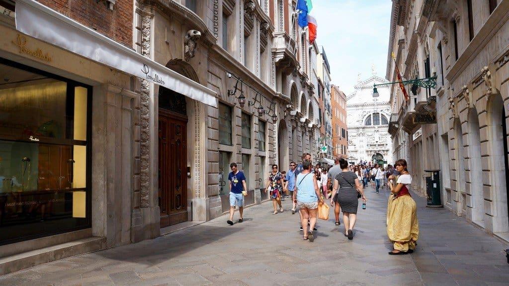 Iоппинг в Венеции