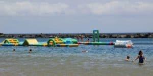Водные развлечения для детей на пляже