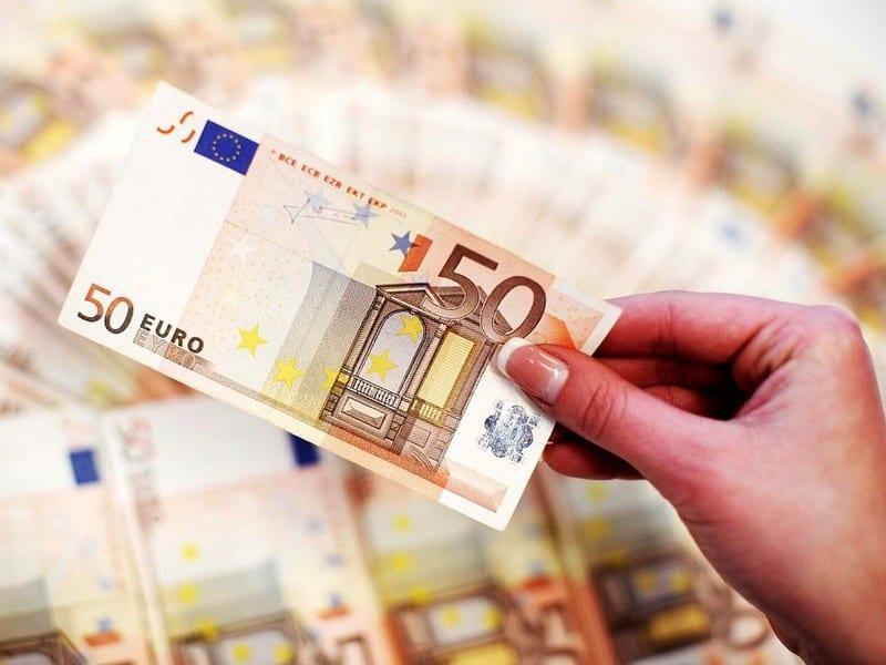 Сколько брать денег в Эстонию