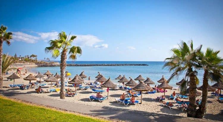Пляж Playa de la Vistas на Тенерифе