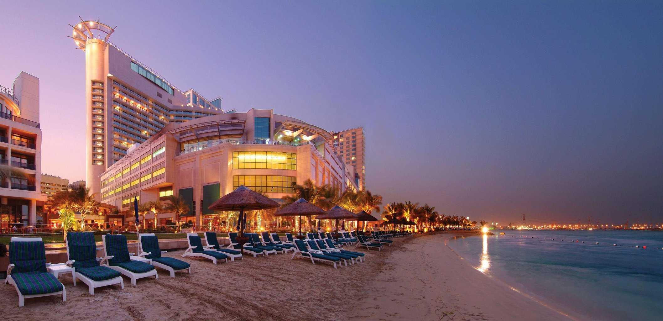 Пляж в Дубаи (ОАЭ)