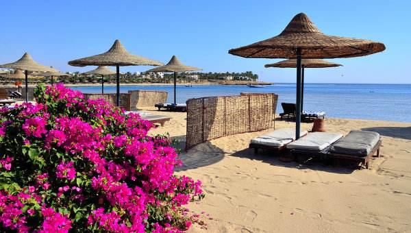Пустынные пляжи Египта