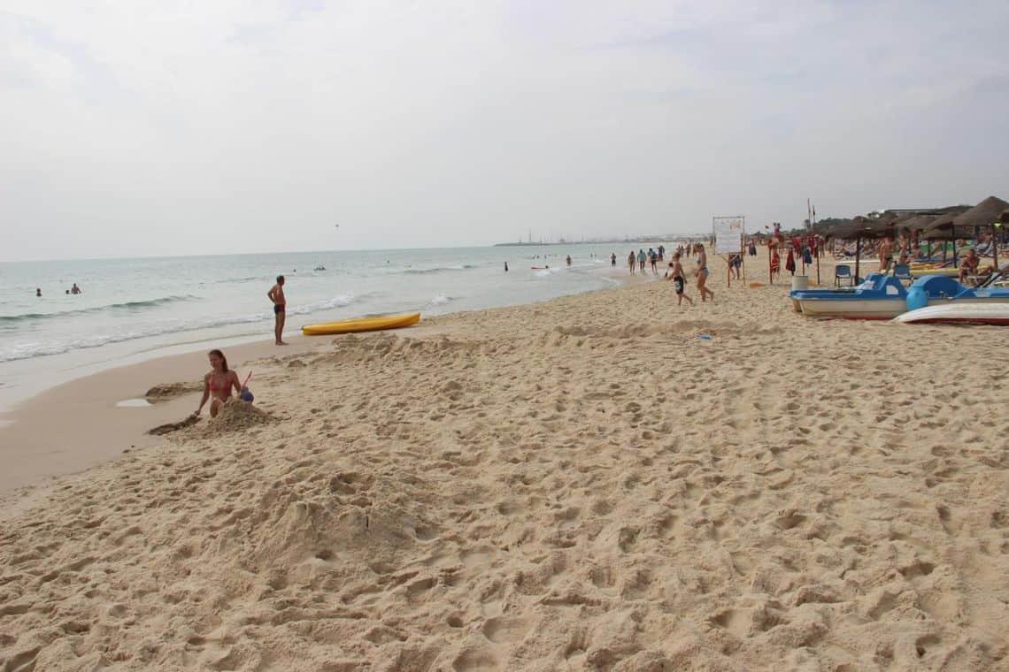 Пляж в Хаммамете (Тунис)