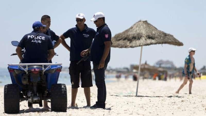 Пляжная полиция в Тунисе
