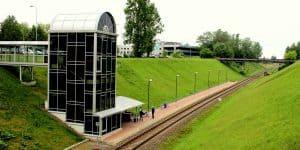 Железнодорожна станция в аэропорту Вильнюса