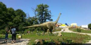 В парке динозавров