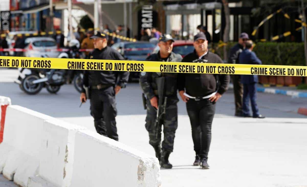 Взрыв у посольства США в Тунисе 2020 год