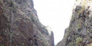 Скалы на маршруте к ущелью